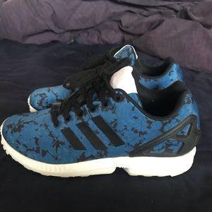 ADIDAS flux Torsion black and blue floral shoes